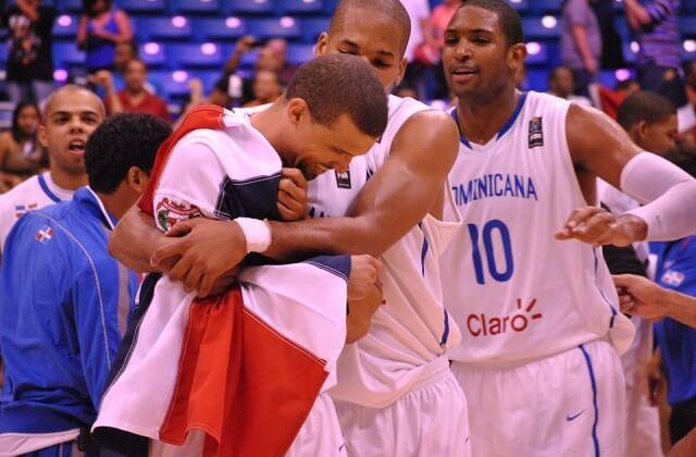 República Dominicana oro Centrobasket 2012.jpg