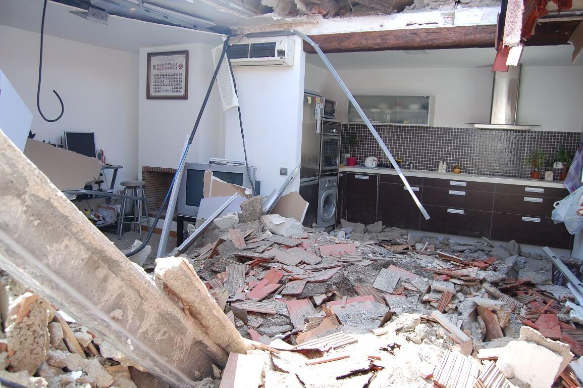 Edifici sostre enfonsat 1.JPG