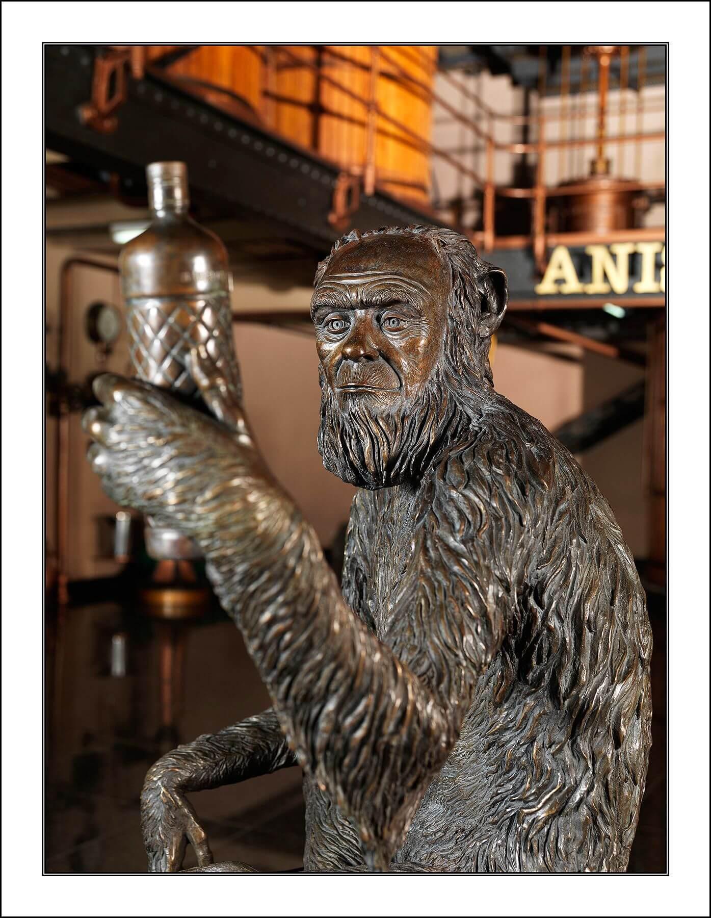 Estatua Anís del Mono en Badalona - 060712.jpg