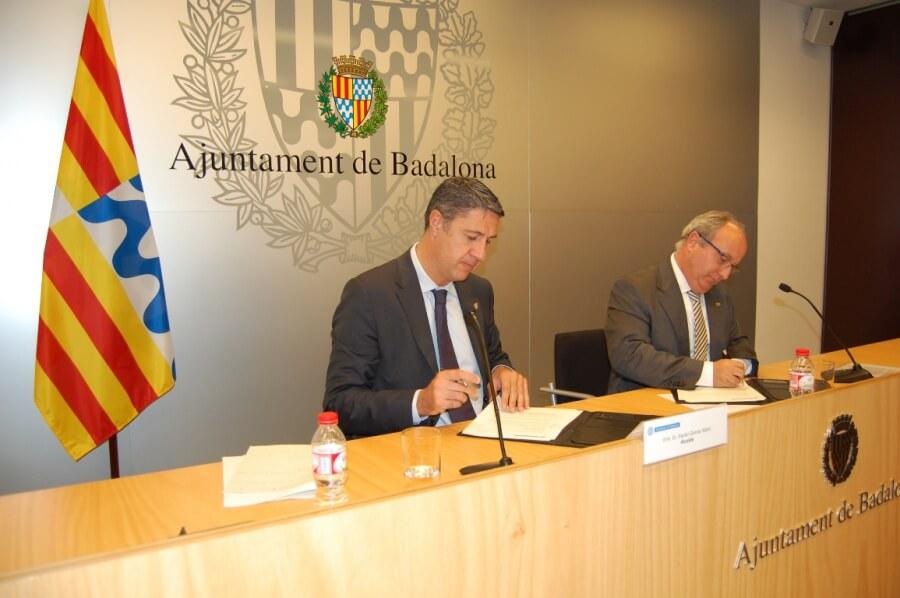 Conveni Ajuntament-Col·legi d'Administradors de finques.JPG