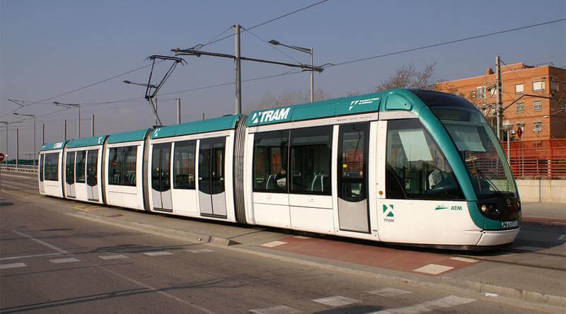 Trambesòs-Estació-de-Sant-Adrià.jpg