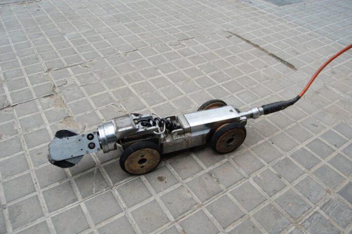 Robot inspecciona el clavegueram de Badalona 1.JPG
