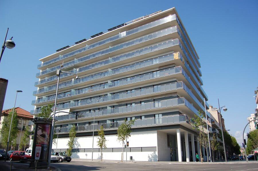 Biblioteca Canyadó-Casagemes edifici.JPG