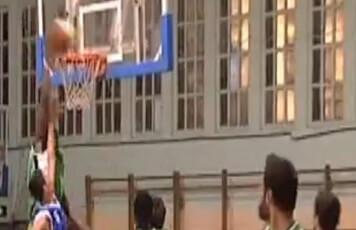 5c5 ple de basquet.JPG