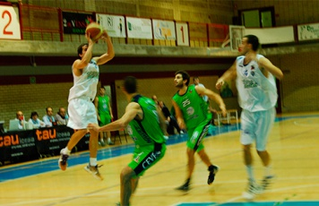 club-basquet-prat-guanya-al-boulevard-de-avila-a-lultim-minut.jpg