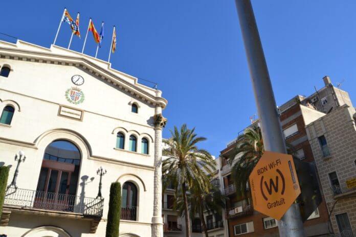Wi-fi plaça de la Vila.jpg