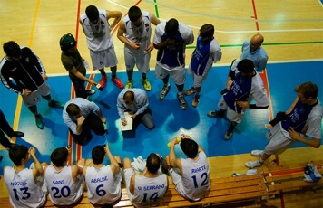 club-basquet-prat-guanya-al-guadalajara.jpg