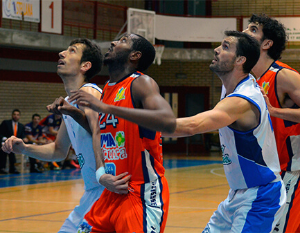 club-basquet-prat-perd-coruna-i-cau-al-pou.jpg