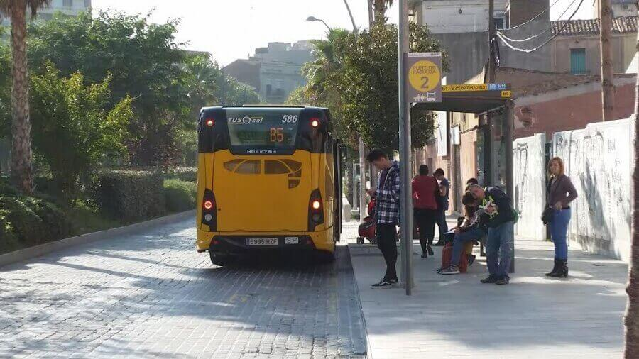 foto parada bus.jpg