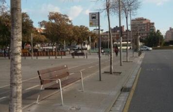 Banc parada autobús(1).jpg