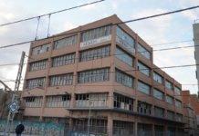El jutjat contenciós número 14 de Barcelona ha suspès l'execució d'enderrocament de la fàbrica Mobba de Badalona